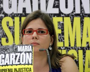Presenta su libro «Suprema Injusticia»